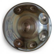 Vorderseite der UGUR Handpan in Bronze Farben